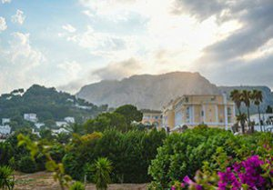 tapis_rouge_croisieres_inaugurales_ponant_explorers_luxe_de_cote_amalfitaine_malte